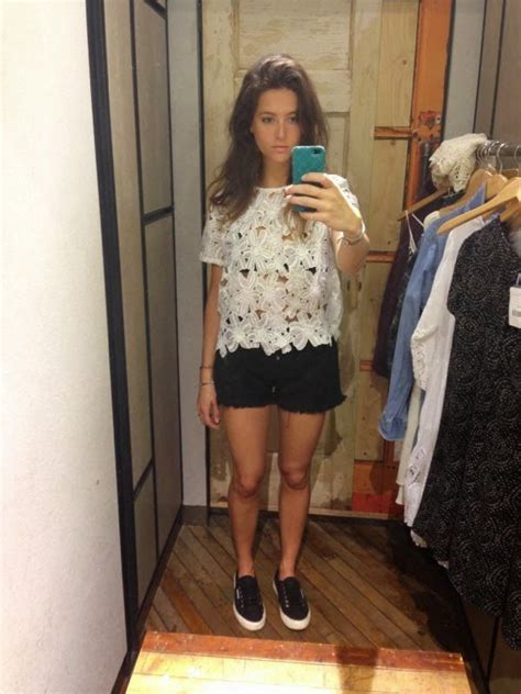 dressing room selfies stylist shops outfitters changing room selfies www stylistshops everyday