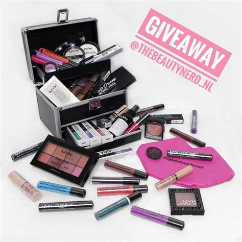 Huge Makeup Giveaway - makeup give away style guru fashion glitz glamour style unplugged