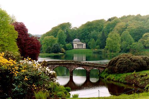 stourhead house gardens wiltshire idyllic england 171 good