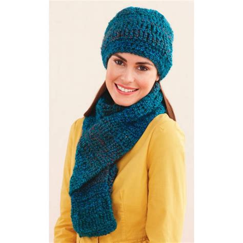 crochet hat pattern homespun yarn lion brand 174 homespun 174 ridged hat and scarf crochet
