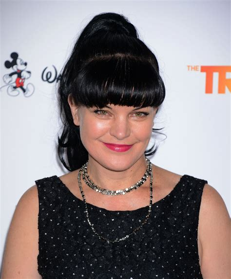 Pauley Hairstyle 2015 by Pauley Perrette 2015 Trevorlive At Palladium