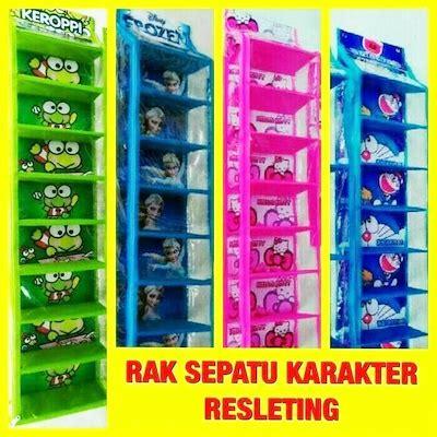 Rak Buku Gantung Surabaya qoo10 rak sepatu gantung karakter hanging shoes