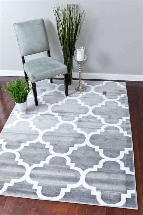 how big is a 5x7 rug 1000 ideas about gray area rugs on outdoor area rugs floor ls and ls