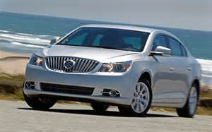 Lacrosse Buick 2012 2012 Buick Lacrosse Eassist Driving Three Quarter