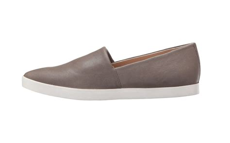19 comfy travel friendly shoes made for walking travel