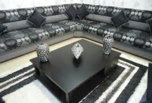salon marocain moderne noir et gris salon marocain