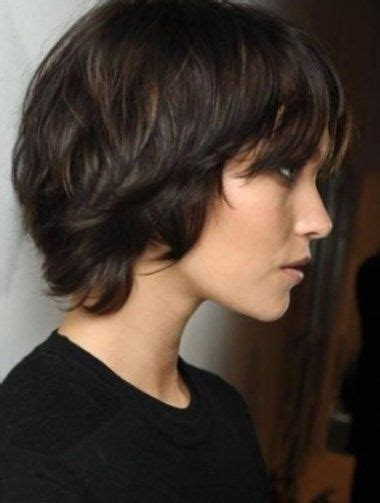 coupe de cheveux femme half hawk coupe de cheveux femme court cheveux epais coiffure2017 courte coiffure courte in 2019