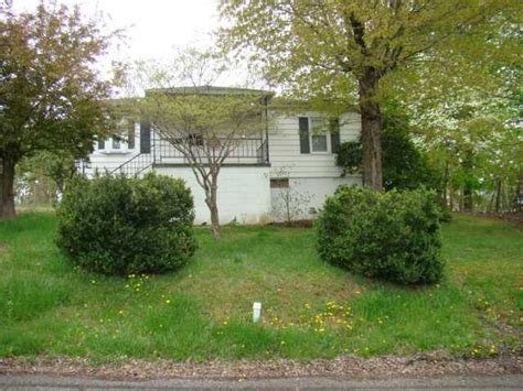 houses for sale in oak hill wv oak hill wv pictures posters news and videos on your pursuit hobbies interests