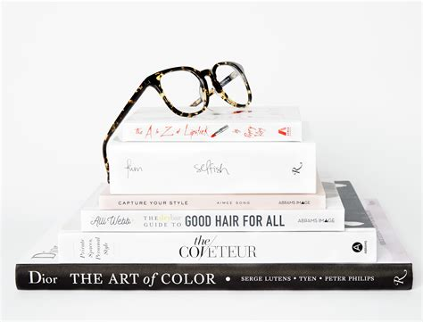Haute Gift Guide Fashionable Books by Gift Guide 2016 Fashion And Books