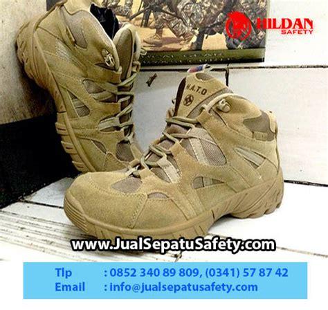 Sepatu Boot Safety Pria Lodaya Delta Army Coklat Canvas Size 39 44 jual sepatu nato tactical series boots 6 desert termurah toko grosir sepatu nato