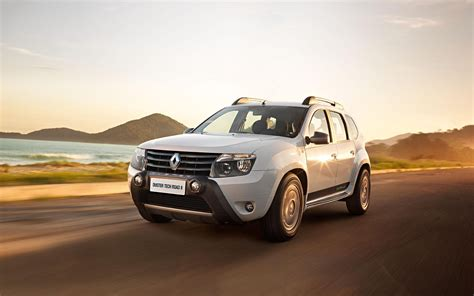 renault duster 2015 comparison renault duster 2015 vs ford edge sport