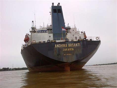 Minyak Pelumas Kapal Praktik Kencing Minyak 2 Kapal Tanker Ditangkap Di