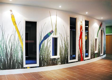 wall displays  signage floor ceiling graphics snap