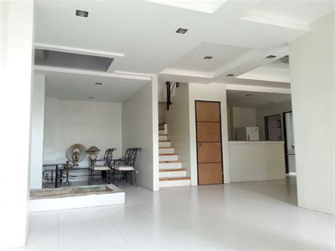 four bedrooms for rent 4 bedroom house for rent in cebu city banilad
