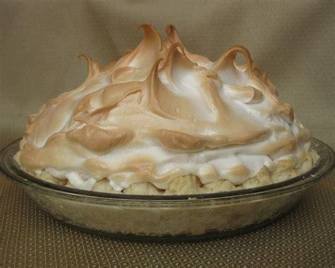 baking outside the box mile high lemon meringue pie