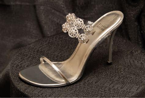 Sepatu Rubi Dan Coklat 10 sepatu wanita paling mahal di dunia wow menariknya