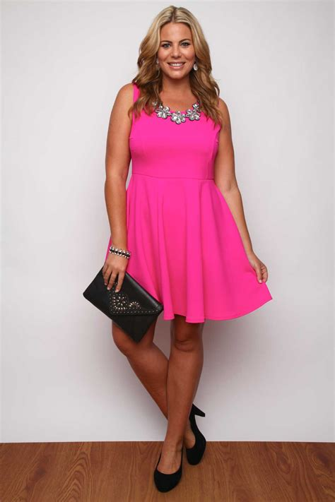 Dress Nl 30 Pink bright pink panelled skater dress with flower