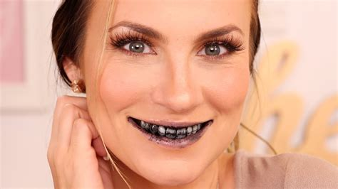 beauty hack activated charcoal teeth whitening