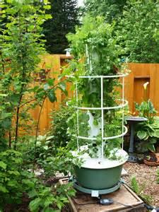 Hortas Verticais Tower Gardens Kiki Felipe Mind Body Tower Vegetable Garden