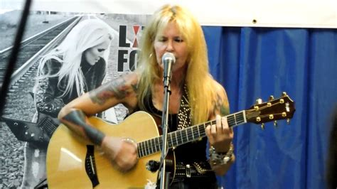 lita ford kiss  deadly  acoustic vintage vinyl youtube