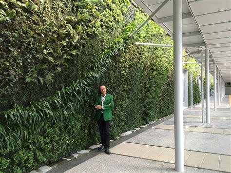 shin yamaguchi station vertical garden blanc