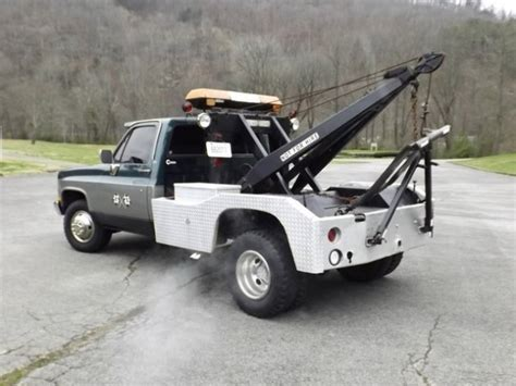 me pictures of trucks roi 1973 chevrolet tow truck