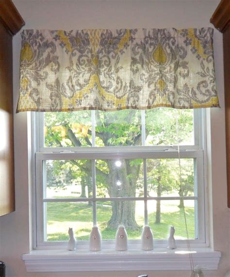 kitchen window valances ideas 25 best ideas about kitchen window valances on