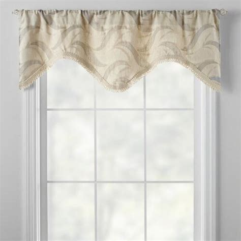 Scalloped Valances For Windows ivory wave scalloped window valance tree shops andthat