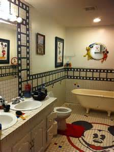 Bathroom Shower Curtain Decorating Ideas Mickey Mouse Bathroom D 233 Cor 14 Photo Bathroom Designs Ideas
