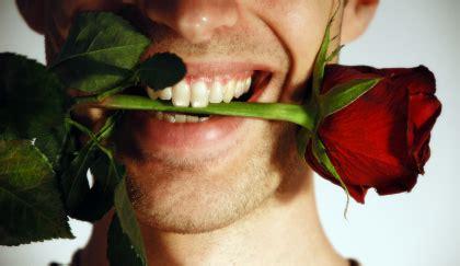 regalare fiori a un uomo fiori da regalare a un uomo che quot non deve chiedere mai