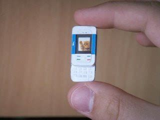 latest mobiles: worlds smallest phones