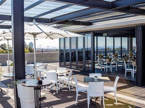 fergusons  floor restaurant  johannesburg eatout