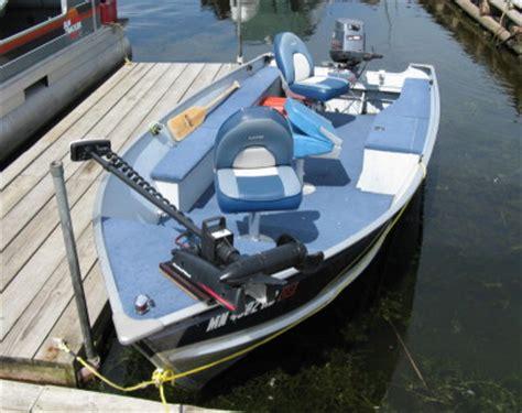 bow lake boat access lake kabetogama boat rentals at herseth s tomahawk resort
