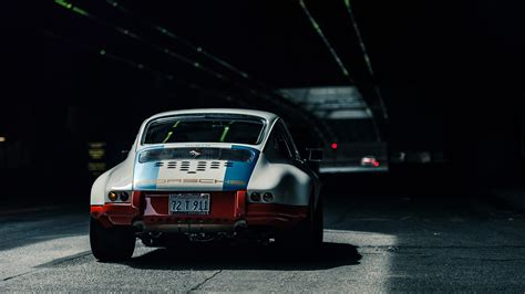 Single Garage Magnus Walker 911 Wallpaper