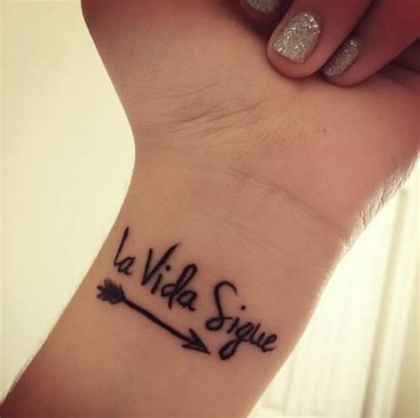 tattoo aftercare in spanish best 25 script tattoos ideas on pinterest writing