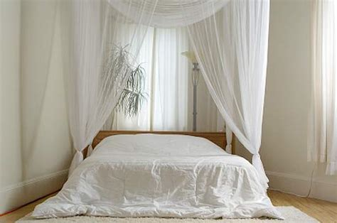 Curtains For White Bedroom Decor White Curtains For A Clean Look Window Blinds Tips