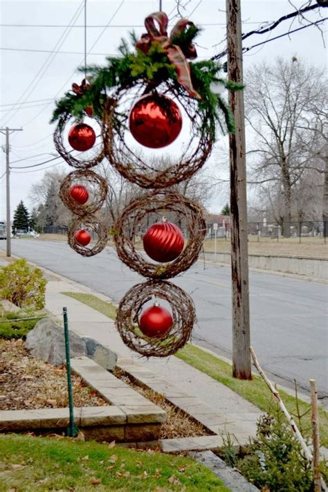 25 top outdoor christmas decorations on pinterest apps