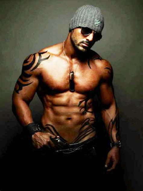 tattoo body wallpaper 20 new john abraham body hunk bollywood actor pictures