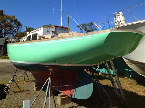 how to spray paint a fiberglass boat how to paint a boat boats