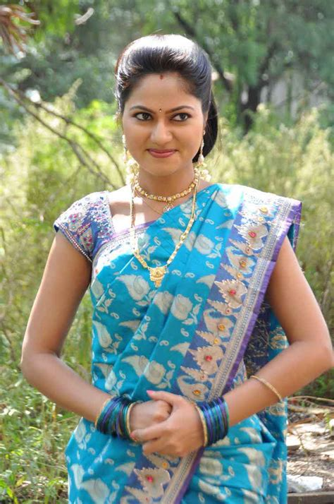 zee telugu actress name with photo serial actress suhasini biography age height serials
