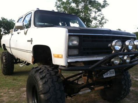 buy used 1986 chevy 3500 k30 4x4 lifted monster truck, 4