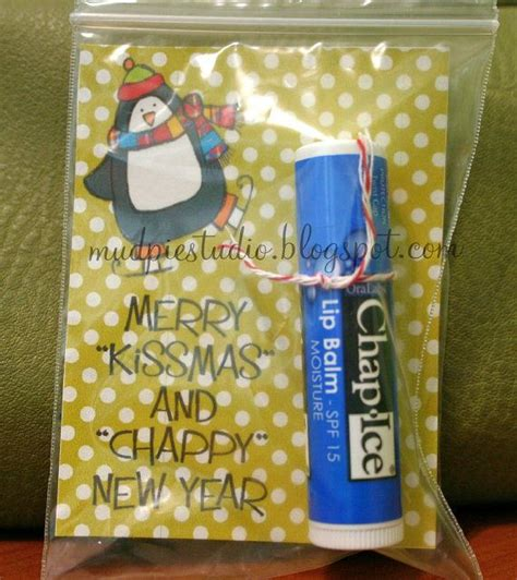 merry kissmas and chappy new year christmas gift digital tag holidays pinterest teaching
