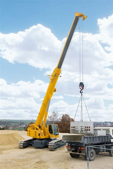Raket Lining Hc 1100 liebherr presents a cross section of its varied range of