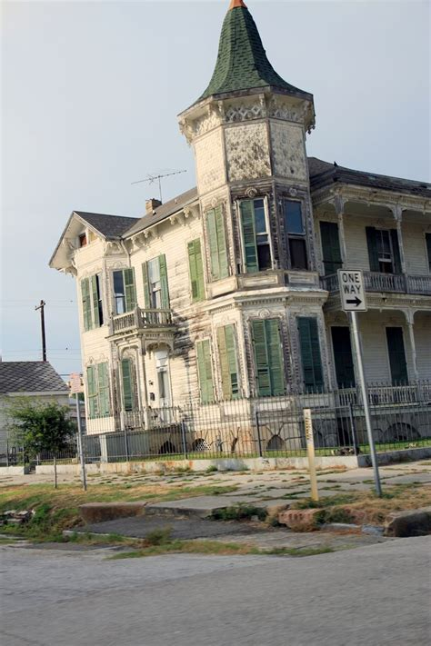 houses galveston galveston haunted house abandoned