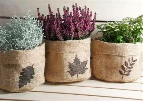 decorar macetas con arpillera resultado de imagen para macetas forradas con arpillera