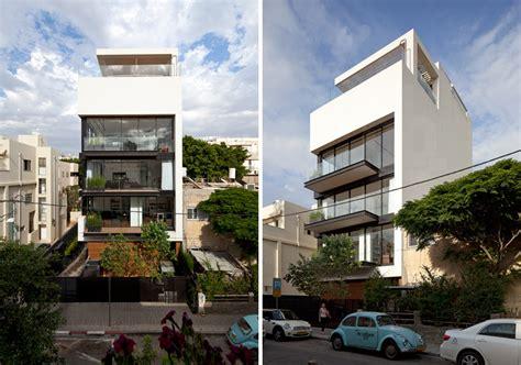 tel aviv town house 1 pitsou kedem architect ideasgn pitsou kedem defines tel aviv town house 1 with rooftop pool