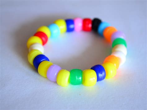 how to bead bracelets how to make a pony bead bracelet 7 steps with pictures