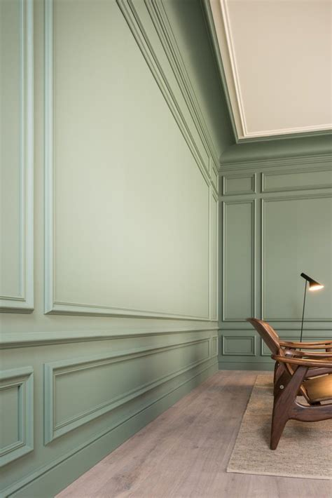 What Is Wainscoting by What Is Wainscoting Hunker