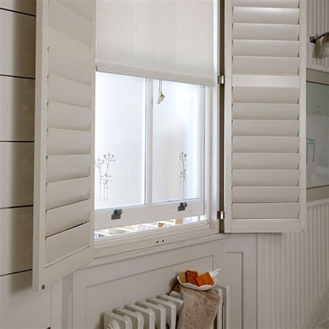 Small Bathroom Window Treatment Ideas by Window Treatment Small Bathroom Ideas Housetohome Co Uk