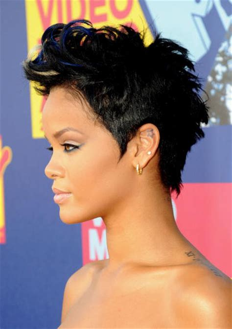 haircut short story point of view pictures rihanna s short haircuts best styles over the